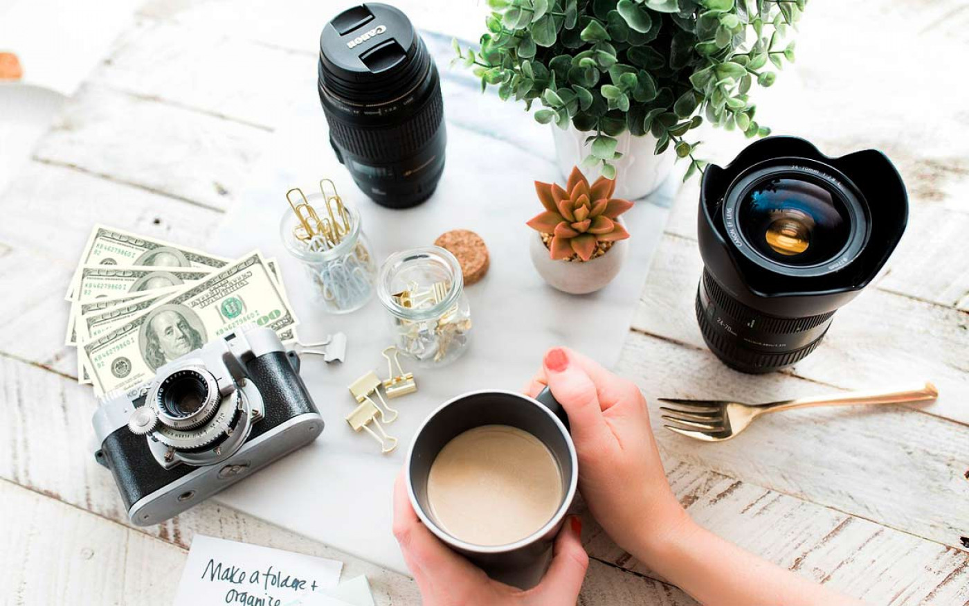 Ways to earn money through photography