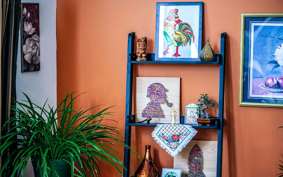 How to Display Prints in Small Spaces